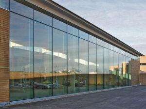 Компания Алюконт: предлагает витражное остекление лоджии или балкона
